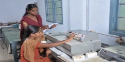 Kandaswamy Kandar's College lab image3